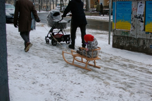 Children on sledges